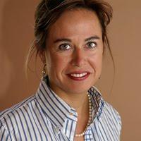 FollowFriday- Elena Gómez del Pozuelo – Incursionista en Negocios Digitales e5229d5e77c